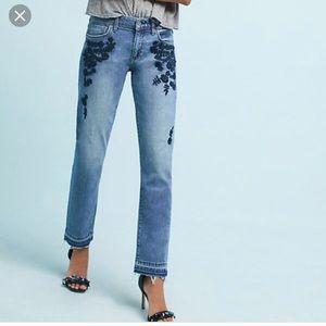 Anthropologie pilcro slim boyfriend jeans size 32